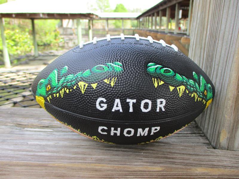 Gator Chomp Football,FS3110
