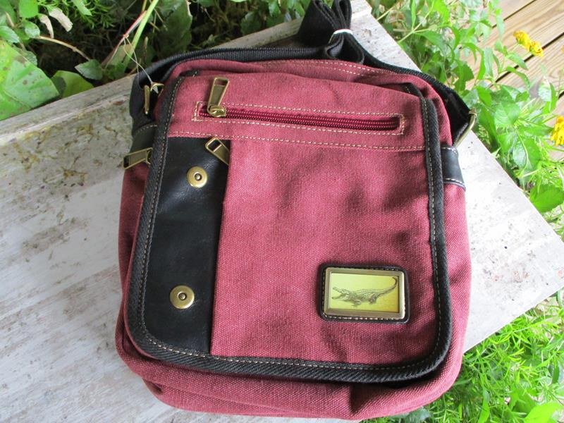 Adventure Shoulder Bag Burgundy