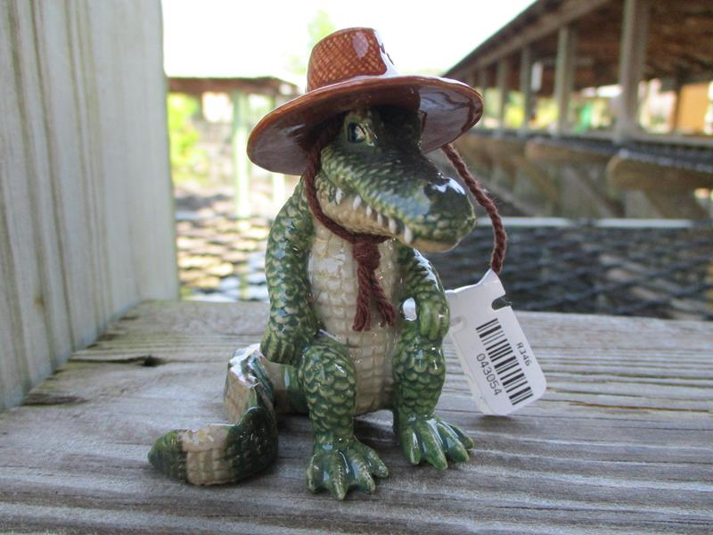 Everglades The Gator With Santa Hat,R346