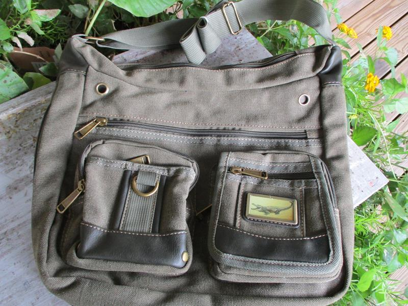 Adventure Canvas Shoulder Bag Army Green,3936