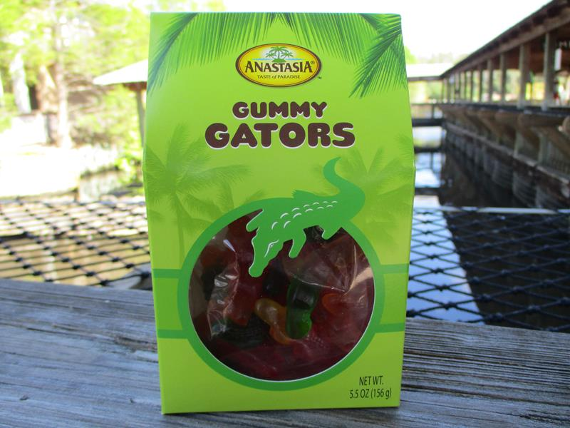 Gable Box Gummy Gators,36655