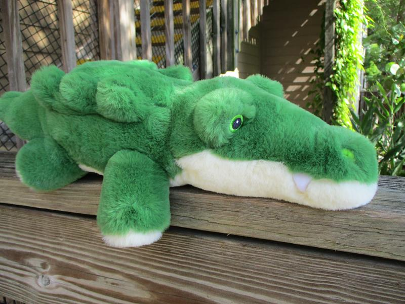 "Earth Safe Alligator 10"",AP-ESALL"
